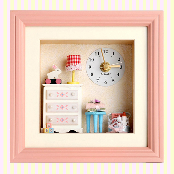 Dollhouse Baby Room Table and Wall Clock 돌하우스 베이비룸 시계